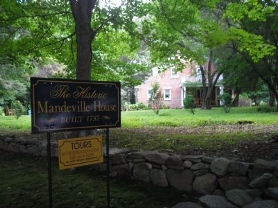 Mandeville House image. Click for full size.