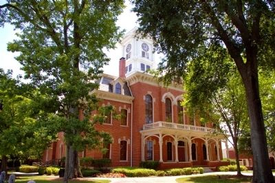 Walton County Courthouse image. Click for full size.