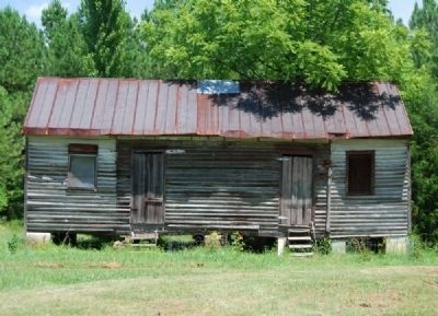 Frazier-Pressly House - Cabin, Possibly Used by Slaves or Servants image. Click for full size.