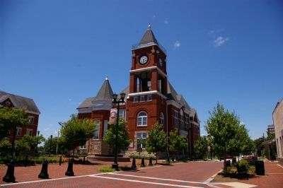 Paulding County Courthouse image. Click for full size.