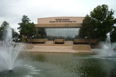 The Aqueduct Fountain and the Mahalia Jackson Center for the Performing Arts image. Click for full size.