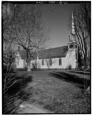 South Side - St. Peter's Episcopal Church image. Click for more information.