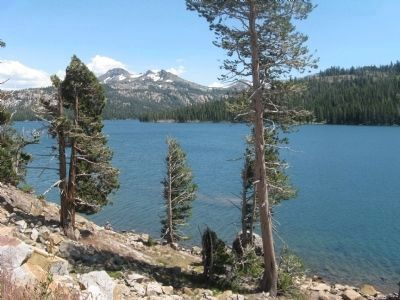 Caples Lake Looking Southeast image. Click for full size.