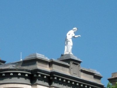 Another Statue on Clinton County Courthouse image. Click for full size.