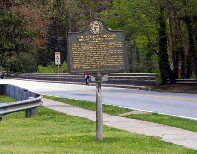 The Errant Pontoon Bridge: Paces Ferry Marker image. Click for full size.