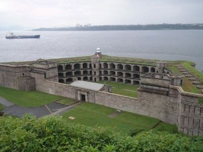 Fort Wadsworth image. Click for full size.