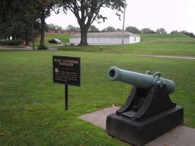 Cannon at Fort Hamilton image. Click for full size.