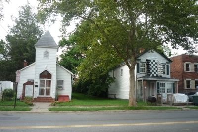 The Joshua's Temple First Born Church and Deanwood Chess House image. Click for full size.