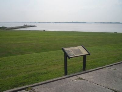 Marker in Fort Mott State Park image. Click for full size.