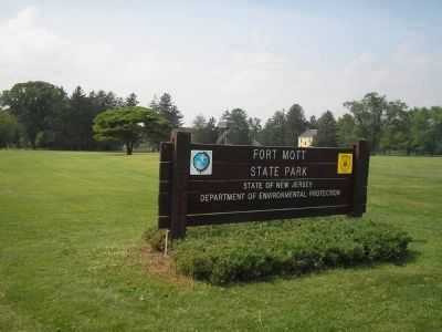 Fort Mott State Park image. Click for full size.