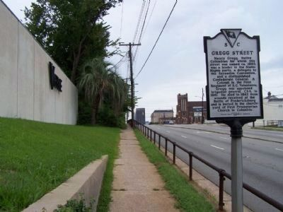 Gregg Street Marker, looking West along Gervais Street image. Click for full size.