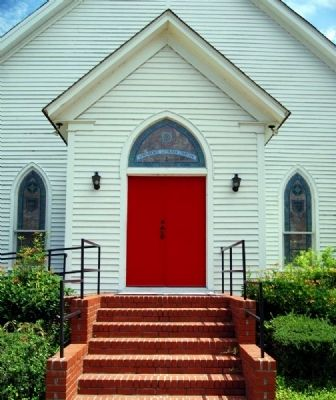 Providence Evangelical Lutheran Church -<br>Main Entrance image. Click for full size.