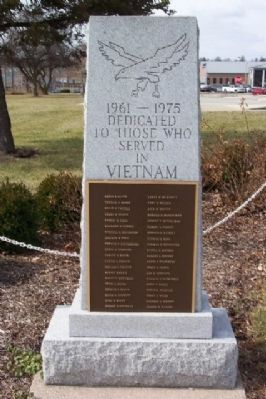 Vietnam War Memorial image. Click for full size.