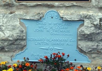 Lower Plaque - - Built in 1915 image. Click for full size.
