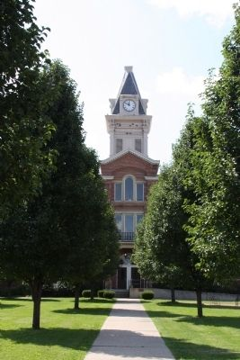 Tree Lined View - - Carroll County Courthouse Carrollton, Kentucky image. Click for full size.