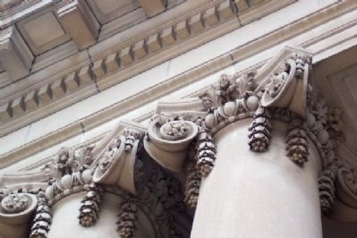 Montgomery County Civil War Memorial Hall Ornate Corinthian Columns image. Click for full size.