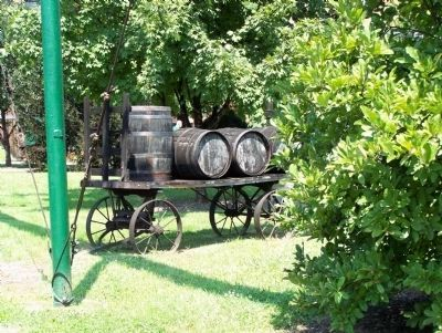 Old Style Barrel Cart image. Click for full size.