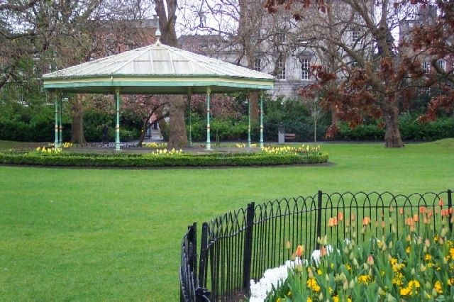 St. Stephen's Green Bandstand image. Click for full size.