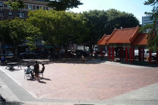 Hing Hay Park - view from near the Chinese American Sodiers Memorial toward Maynard and King image. Click for full size.