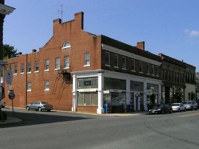 Former Eagle Hotel (1832) image. Click for full size.
