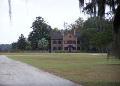 Middleton Place, as mentioned on marker image. Click for full size.