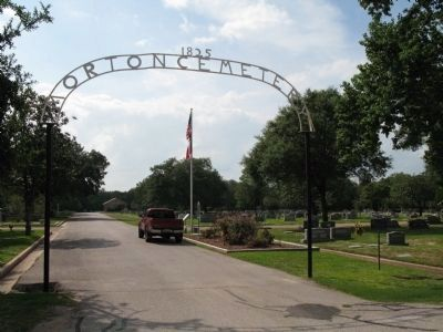 Entrance to Morton Cemetery image. Click for full size.