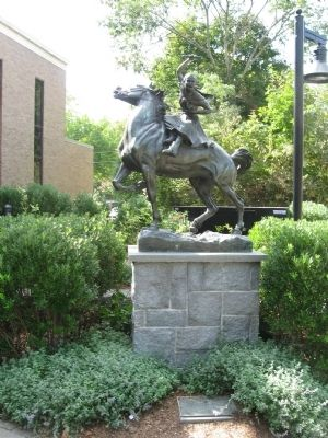Sybil Ludington Marker and Sculpture image. Click for full size.