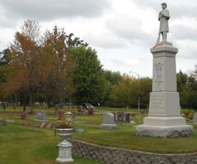Oakwood Cemetery W.R.C. Memorial Marker image. Click for full size.