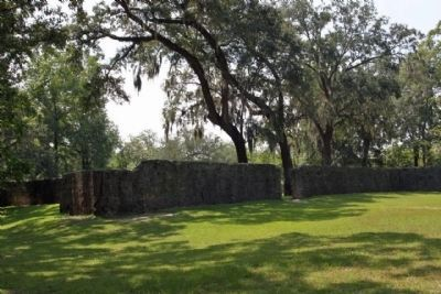 Fort Dorchester as seen today image. Click for full size.