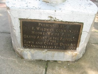 Plaque at the Base of the Flagpole image. Click for full size.