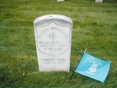 Moses Williams' grave marker image. Click for full size.