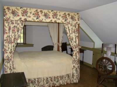 Another Upstairs Bedroom and Spinning Room image. Click for full size.