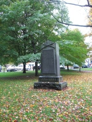 Weston Civil War Monument image. Click for full size.