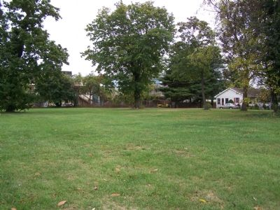 Open lot where Goldsborough House stood. image. Click for full size.