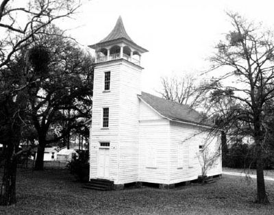 Pineville Chapel c. 1810 image. Click for full size.