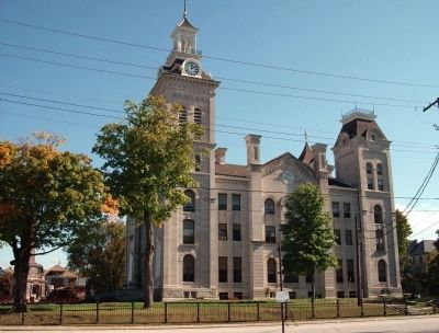 South West Corner - - Knox County Courthouse image. Click for full size.