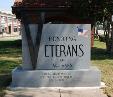 Clinton Veterams Monument Marker image. Click for full size.