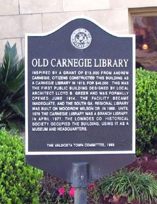 Old Carnegie Library Marker image. Click for full size.