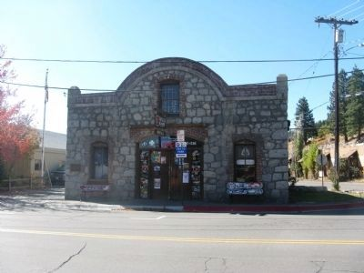 Truckee's Old Stone Garage and Site of Town's First Dwelling image. Click for full size.