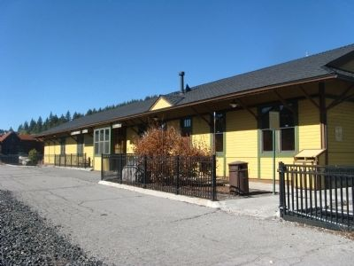 Rear View (Track Side) of theTruckee Railroad Depot image. Click for full size.