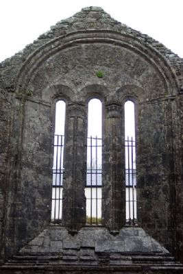 Historic Kilfenora / Cill Fhionnúrach Stairiúil Cathedal East Window image. Click for full size.