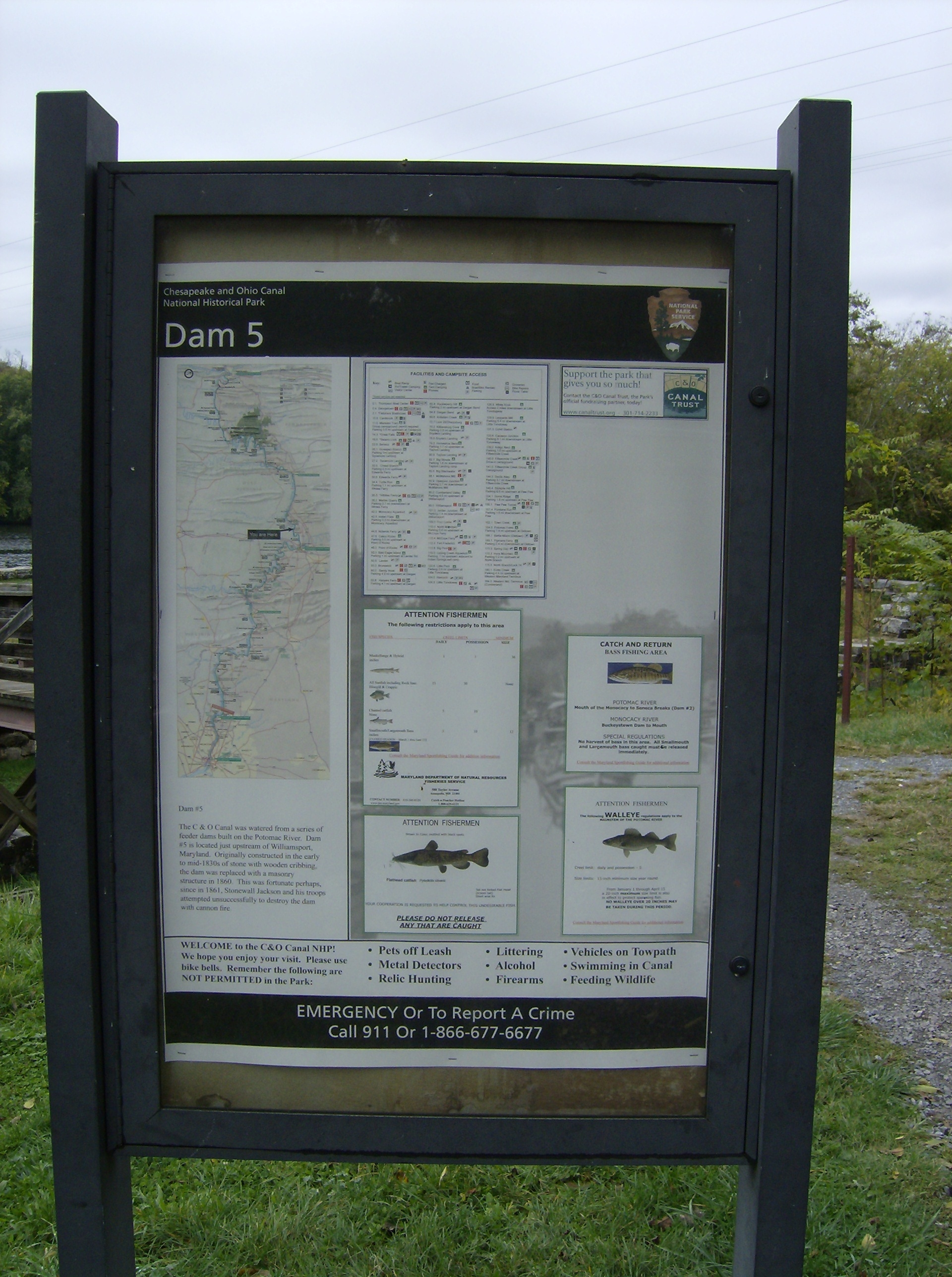NPS information panel at Dam 5 site