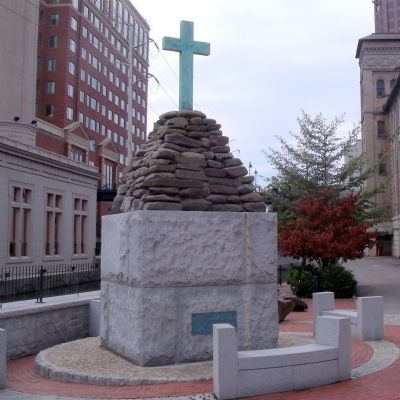 Christopher Newport Cross image. Click for full size.