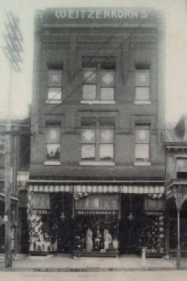 Weitzenkorn's Clothiers Period Photo on Marker image. Click for full size.