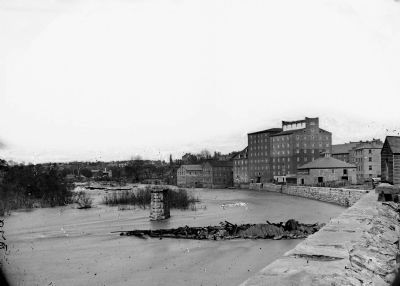Richmond, Virginia. Haxal & Crenshaw's mill. image. Click for full size.