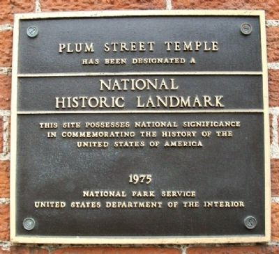Plum Street Temple National Historic Landmark Marker image. Click for full size.