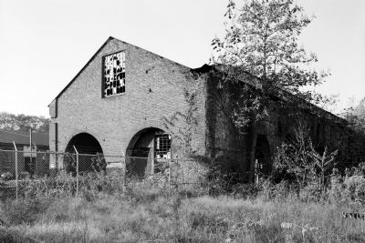 Tredegar Iron Works - exterior view showing gabled end of structure. image. Click for full size.