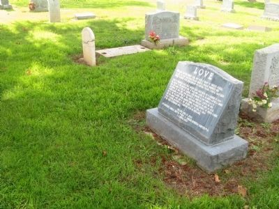Captain Harry Love Gravesite and Monument image. Click for full size.