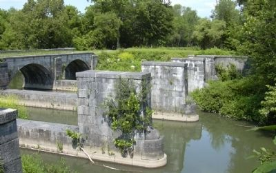 9 Mile Creek Aqueduct, 2004 - Prior to Restoration image. Click for full size.