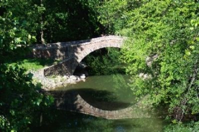 Old Arch Bridge image. Click for full size.
